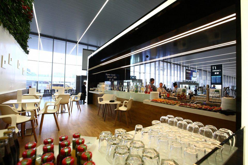 Na letišti Václava Havla je nový Mattoni bar