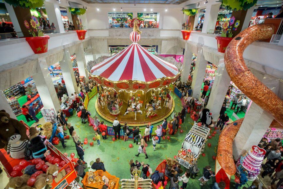 Hračkářství Hamleys prodává na internetu exkluzivně přes Alzu