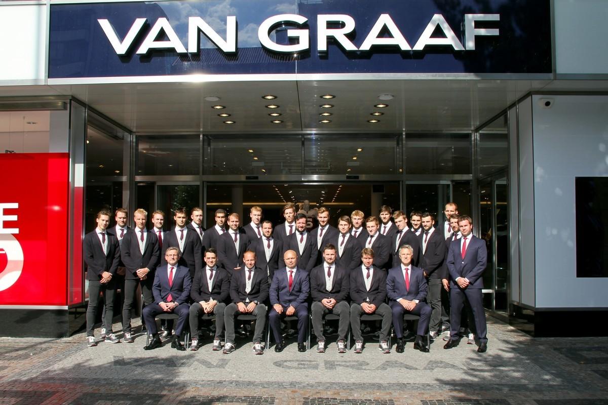Sparťanský hokejový tým prodloužil svou spolupráci s módním domem Van Graaf