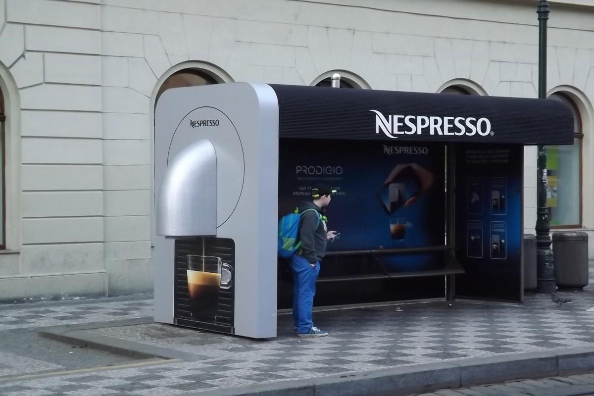 Nespresso v rámci kampaně na podporu prodeje nového kávovaru vytvořilo speciální zastávku