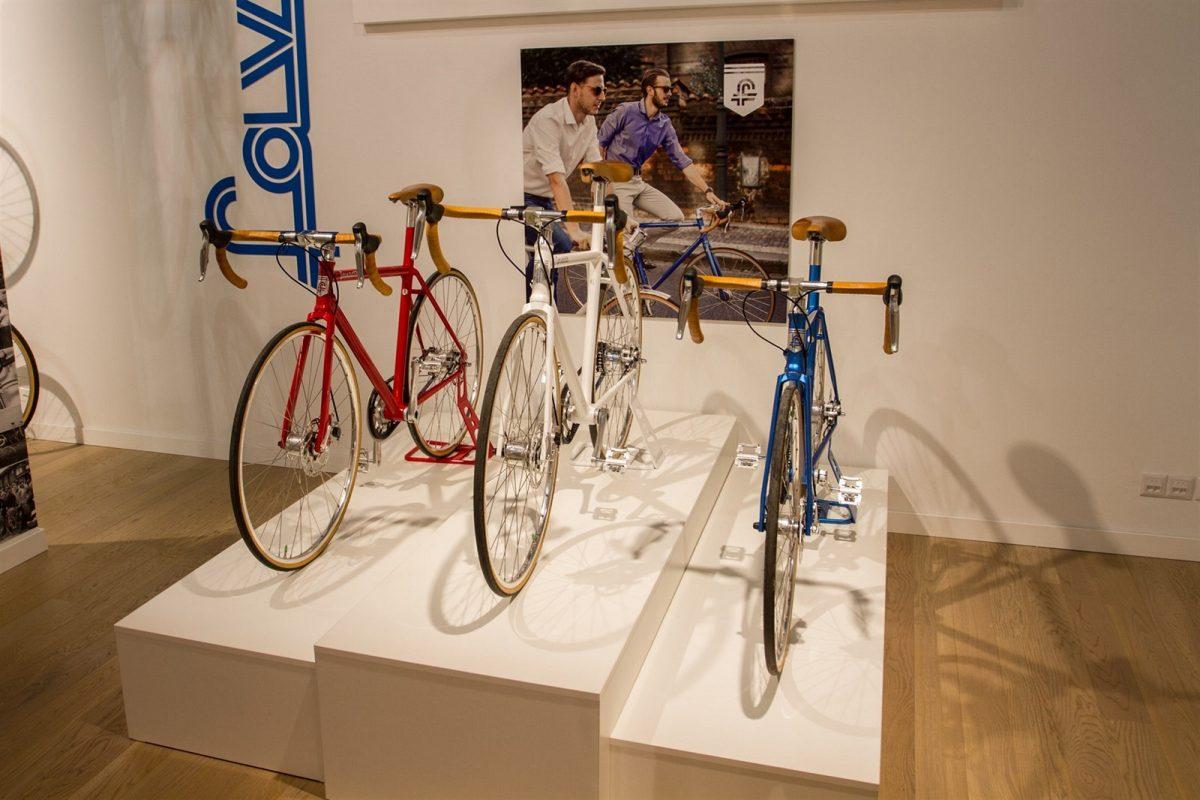 Cronos a další modely Favoritu v novém showroomu
