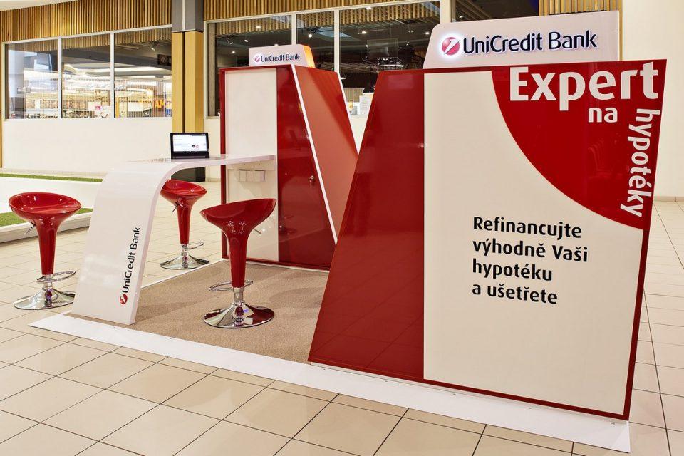 UniCredit Bank otevřela pohodlnější kiosky