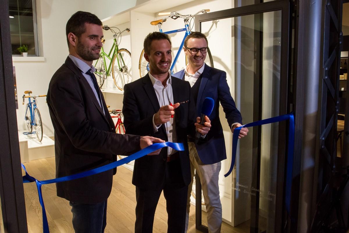 Na otevření showroomu, zleva Martin Laho, Richard Galovič, Petr Novague