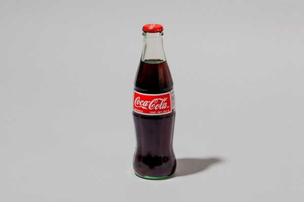 Coca-Cola si na českém trhu loni polepšila