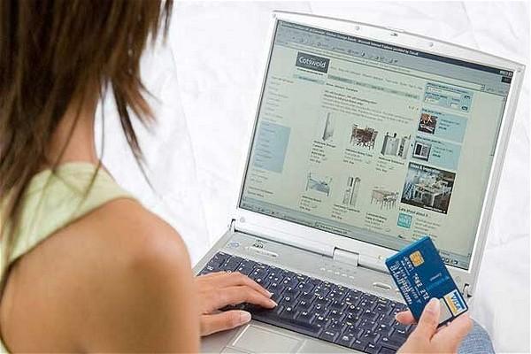 Do e-shopů se řetězce pouští opatrně