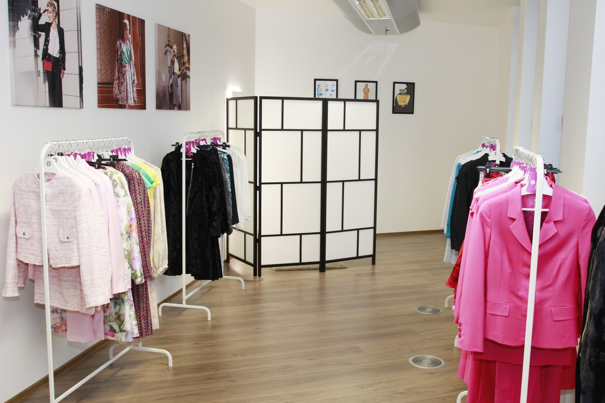 IvanaRosova Fashion Group showroom