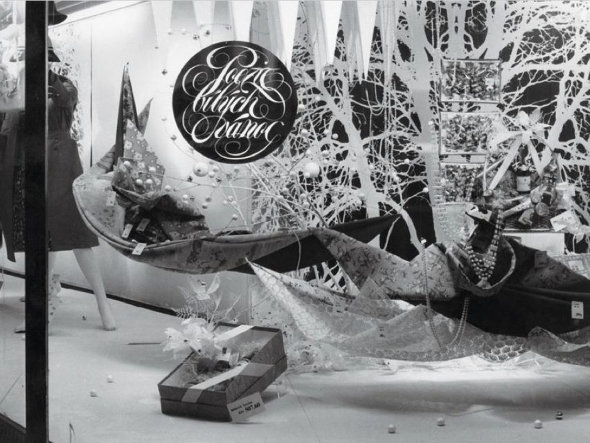Dobové fotografie zobrazí ruch vánoční Kotvy z období 70. a 80. let