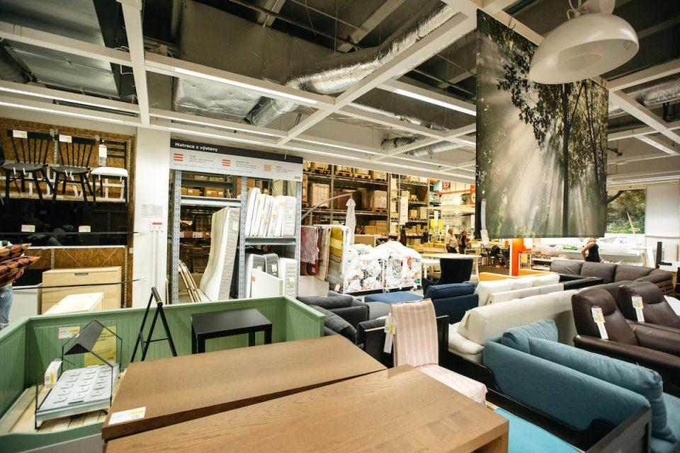 Ikea od svých zákazníků vykupuje nepotřebný nábytek