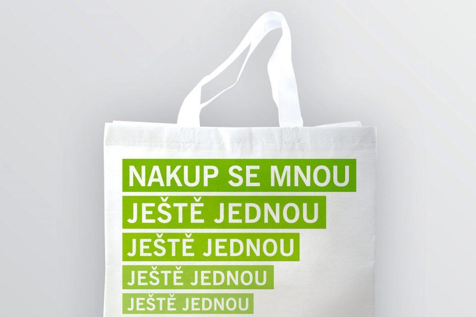 Lidl nabízí k odnosu nákupů látkovou tašku
