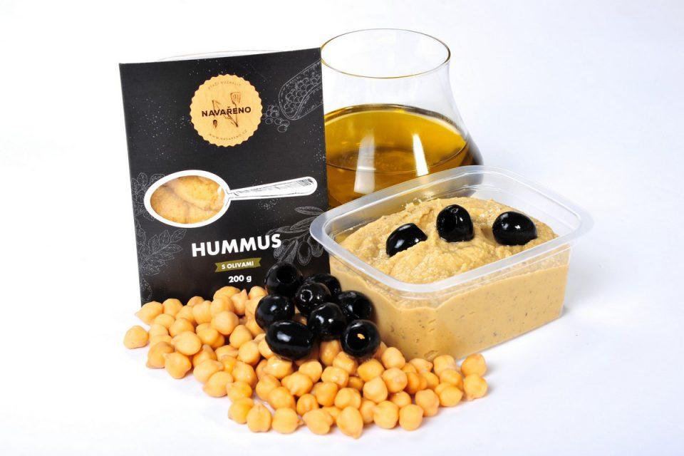 Hummus s olivami (od 35,90 Kč za 200 g)