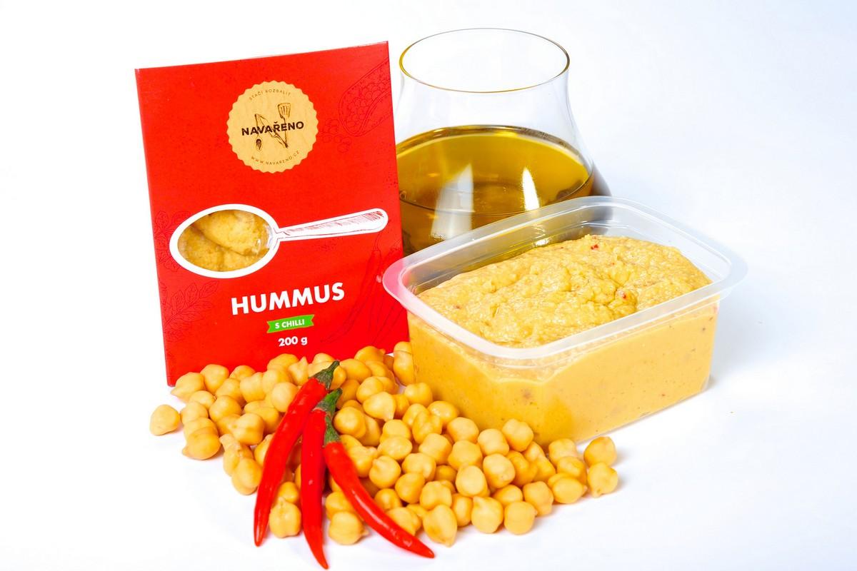 Hummus s papričkami (od 35,90 Kč za 200 g)