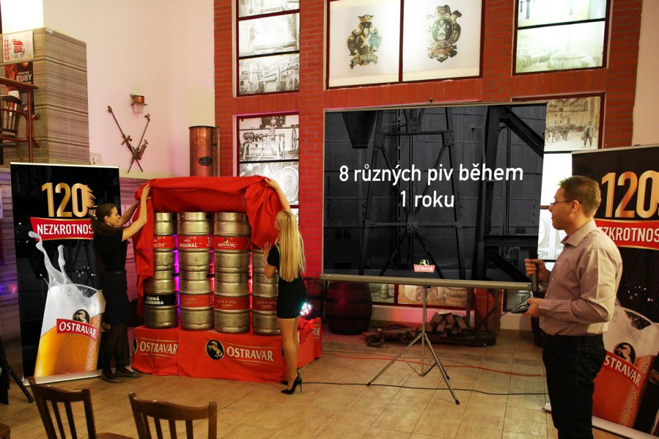 Slavnostní odhalení sudů s 8 druhy piv, které Ostravar letos bude vařit