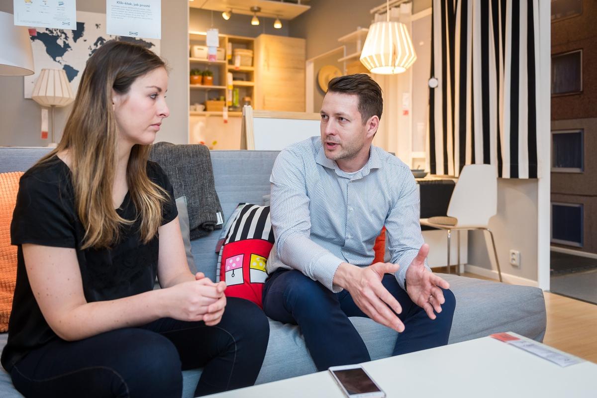 Room settingy vytváří Ikea typově podle lokálního trhu. Tento připomíná panelový dům