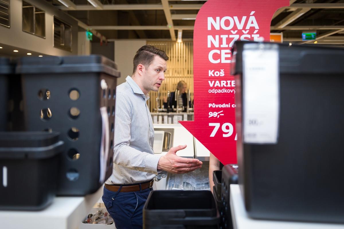Od krátkodobých slev Ikea před dvěma lety upustila, nově investuje do dlouhodobých