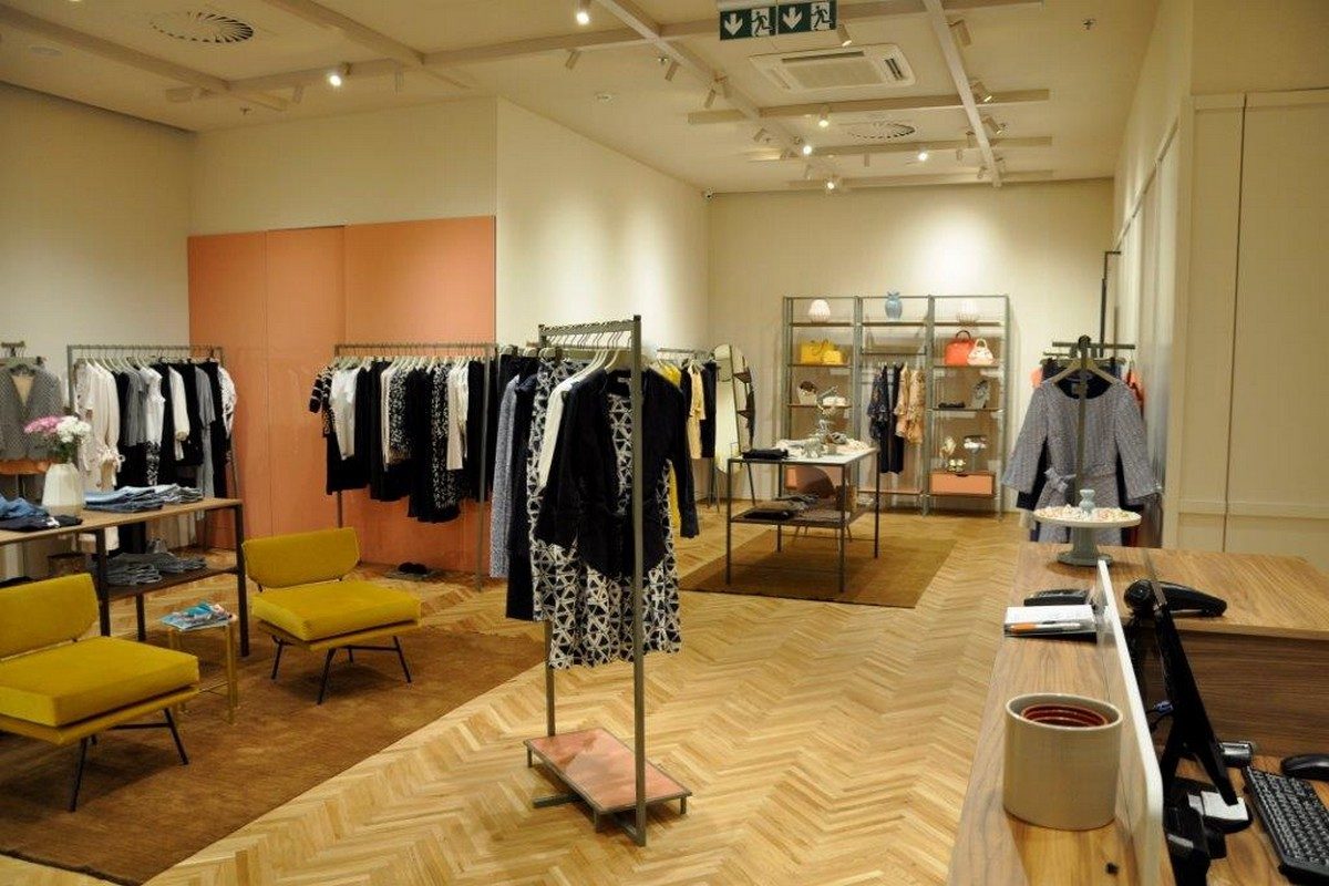 Interiér nového butiku Max & Co.
