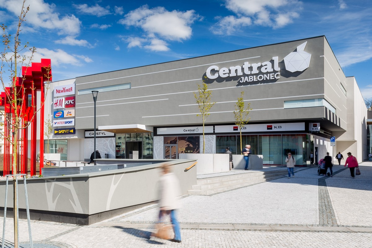 Central Jablonec, jediné letos otevřené obchodní centrum