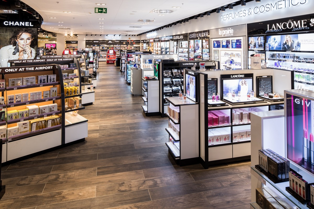 Interiér nového duty free shopu