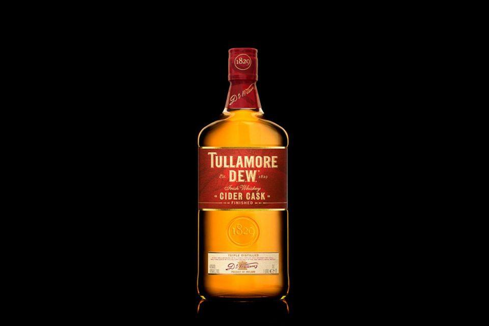 Irská palírna Tullamore Dew uvádí na letní trh whiskey ze sudů od cideru