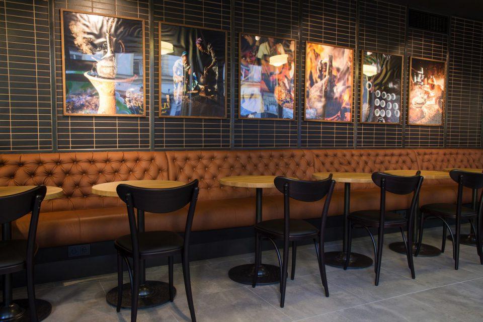 Starbucks má v Praze dvě nové provozovny: ve Spálené a v Karlově