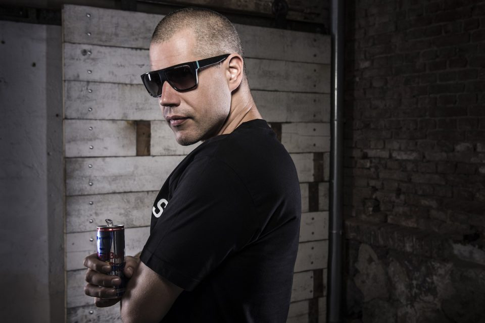 Rapper Vladimir 518 navrhl vlastní limitovanou edici plechovek Red Bullu