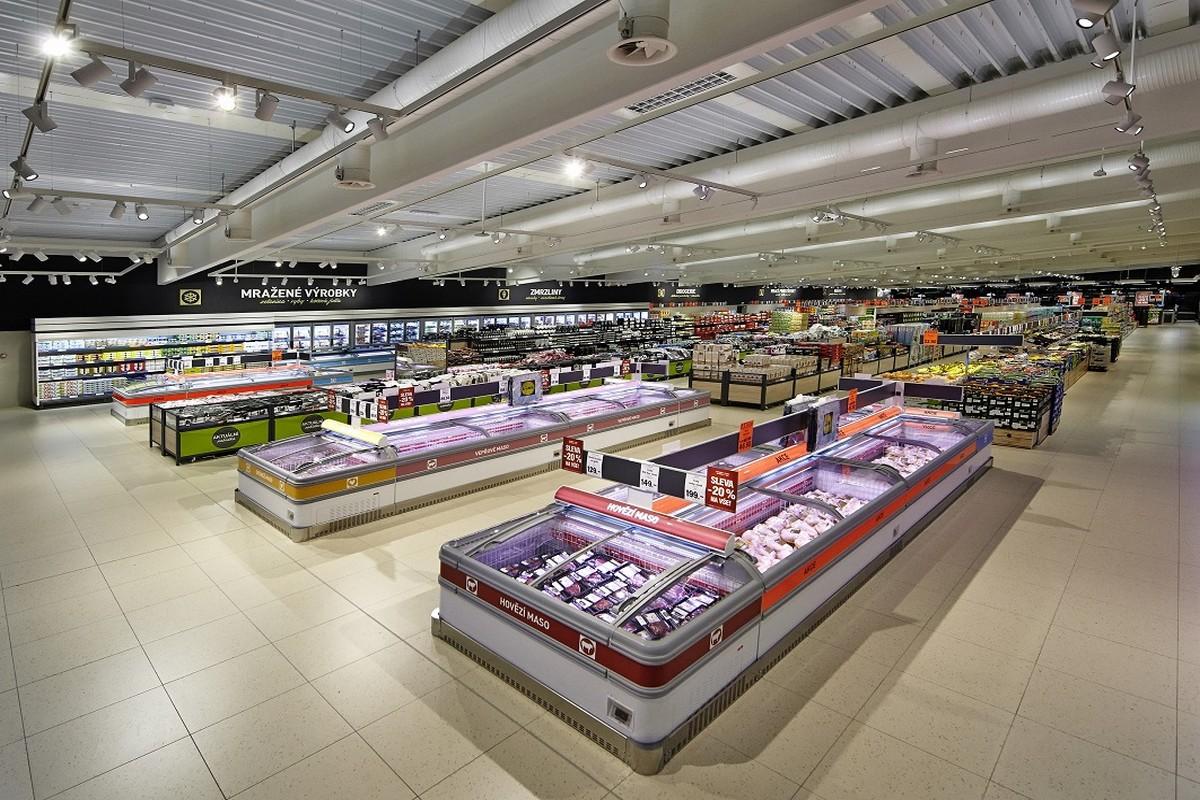Úsek čerstvých potravin nové prodejny Lidl