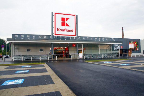 Kaufland od začátku srpna zvýší platy zaměstnanců průměrně o 14 %