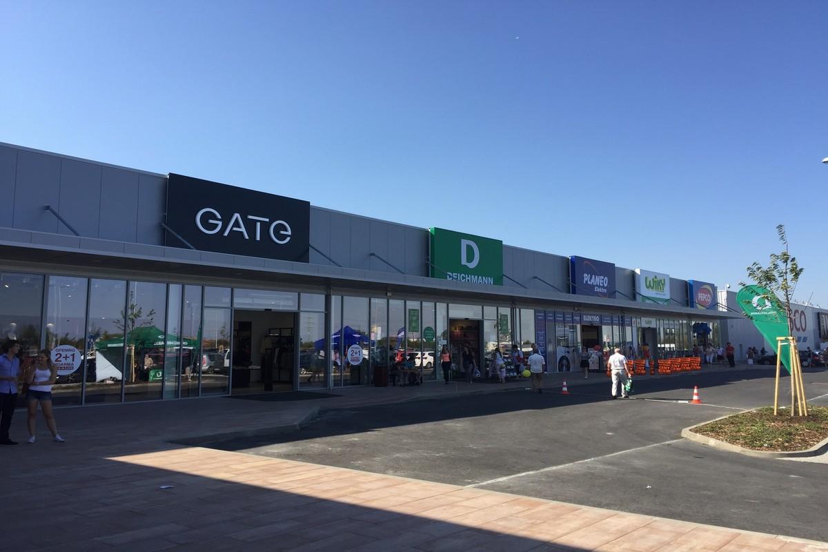 Retailový park Brandýs nad Labem
