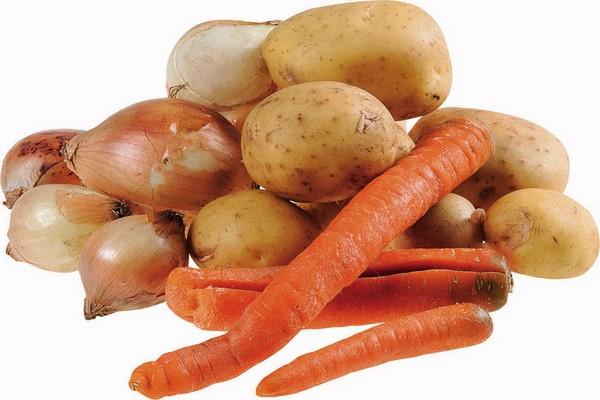 Síť Penny Market opět nabízí křivé ovoce a zeleninu. Zlevní je minimálně o 10 %