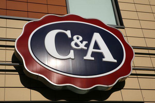 Češi a móda: cenově nejlepší je C&A, nejkvalitnější oděvy prodává Zara
