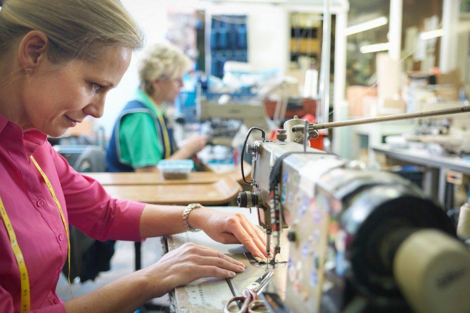 České textilní a oděvní firmy utržily za první pololetí téměř 29 miliard Kč