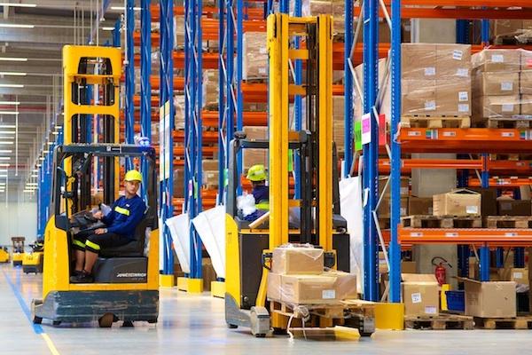 Tesco otvírá na Slovensku své největší distribuční centrum ve střední Evropě