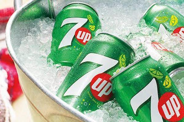 7up od Pepsi s cukrem, stévií a nižším obsahem kalorií