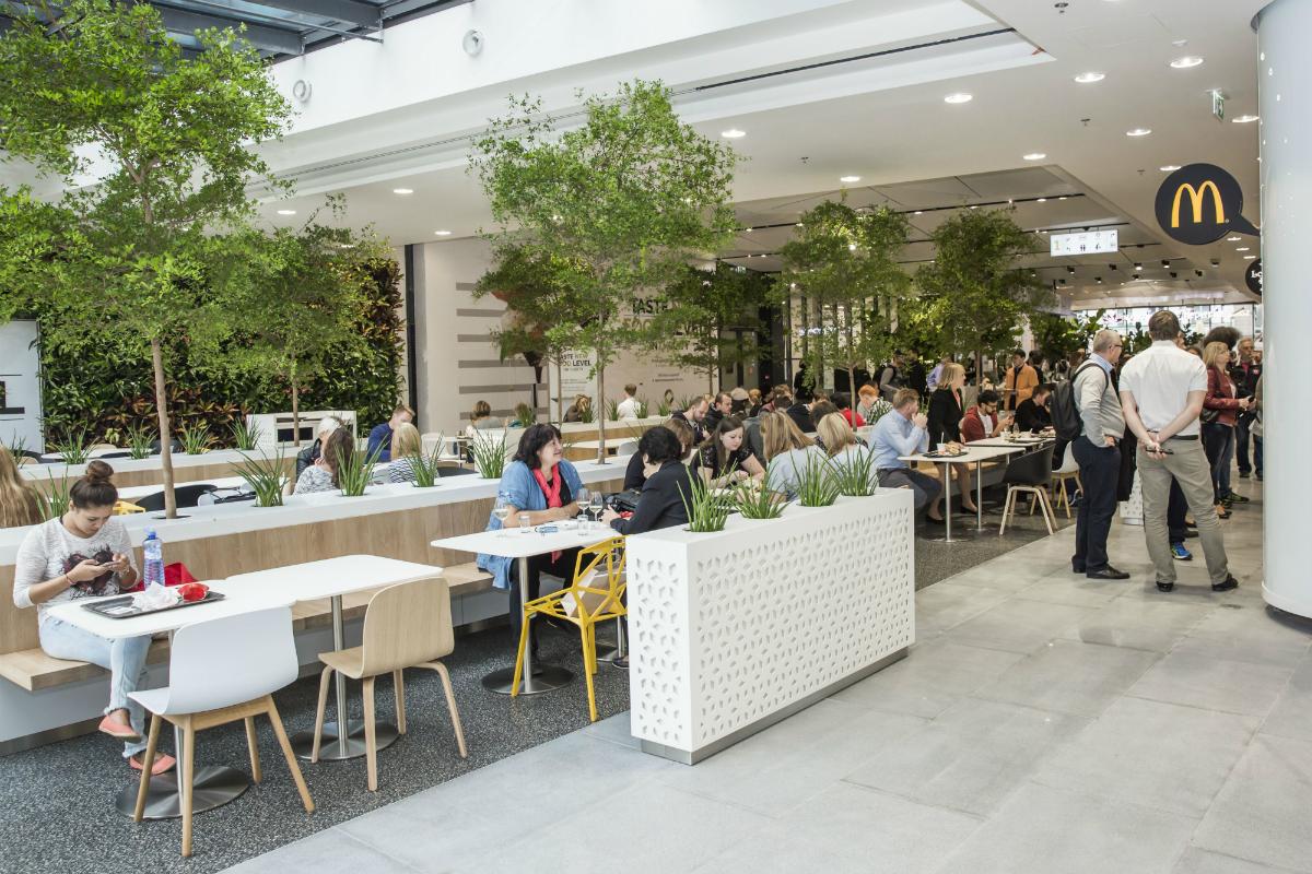 Nový prostor pro občerstvení nakupujících