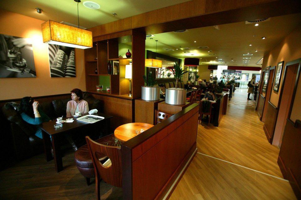 Costa Coffee uvede limitovanou arabiku, otevře na dvou nádražích v Praze