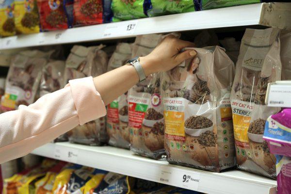 Tesco uvádí vlastní řadu krmiv pro zvířata