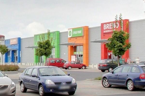 Retailový park v Mostě
