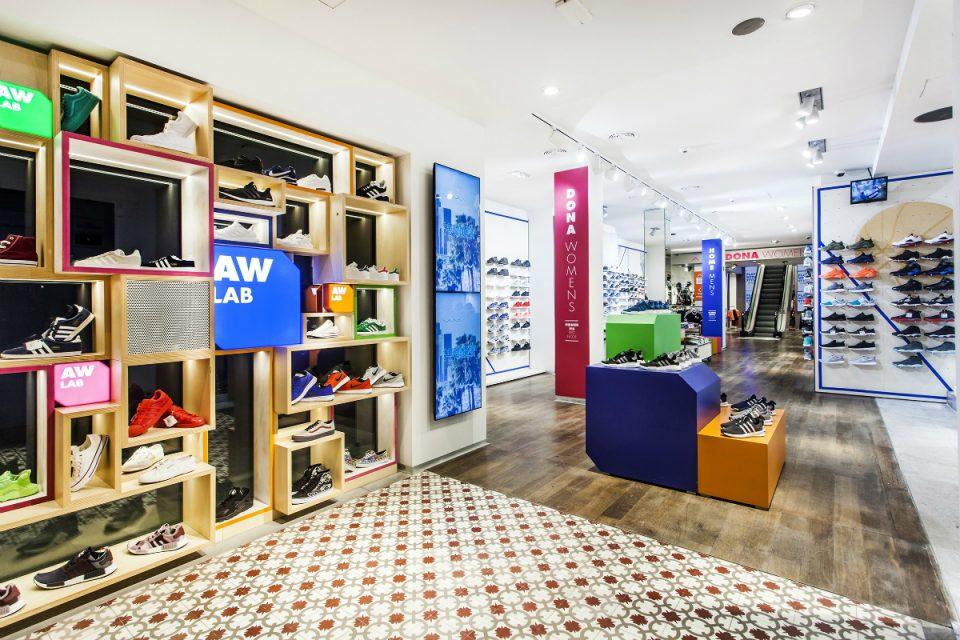 Italská sportovní móda AW Lab od Bati má první dvě prodejny v Česku