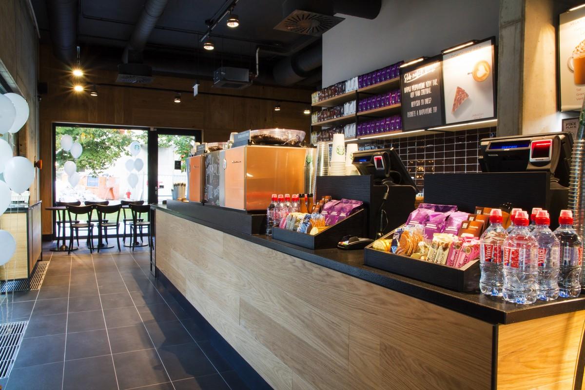 Další pobočka Starbucks otevřela v nově postavené Rezidenci Waltrovka