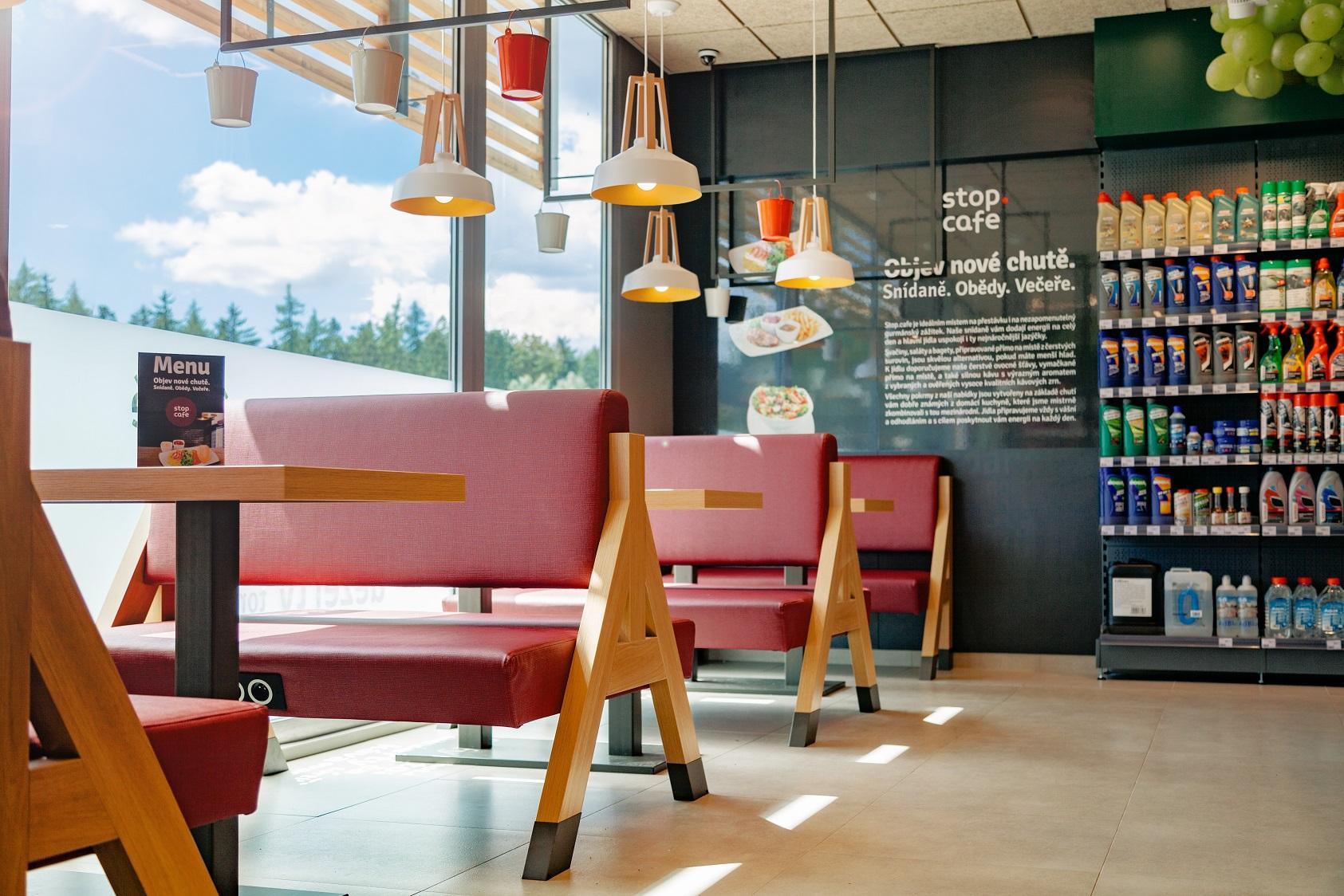 Modernizovaný koncept Stop Cafe 2.0 od Benziny