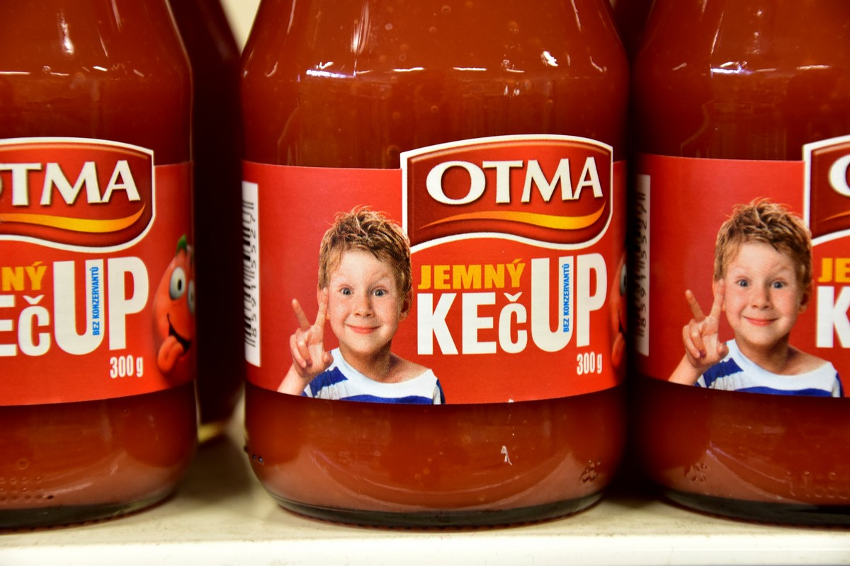 Nová etiketa kečupů Otma