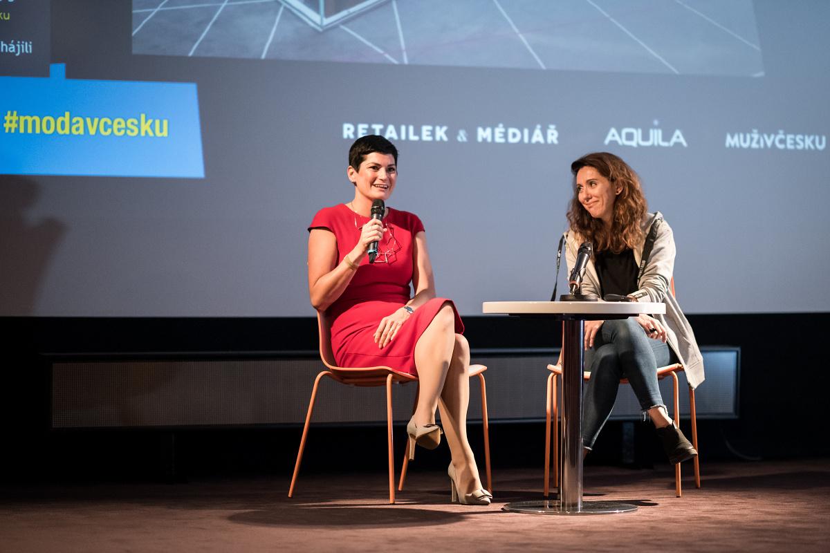 Jaroslava Matoušová z Unibail-Rodamco (vlevo) a Katarína Král z Czech Labels & Friends. Foto: Vojta Herout