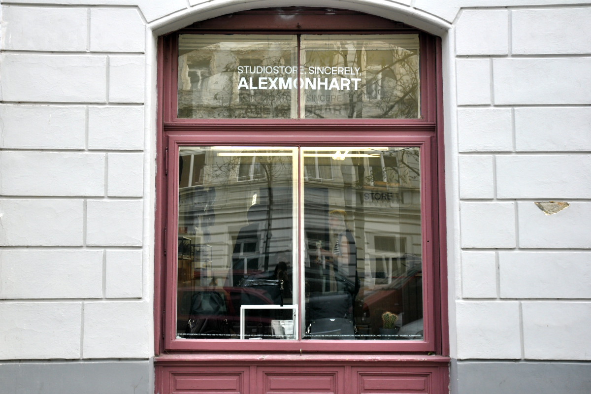 Showroom Alexmonhart v ulici Jana Zajíce na pražské Letné