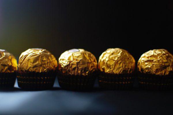 Ferrero koupilo část Nestlé, stane se třetím největším prodejcem cukrovinek v USA