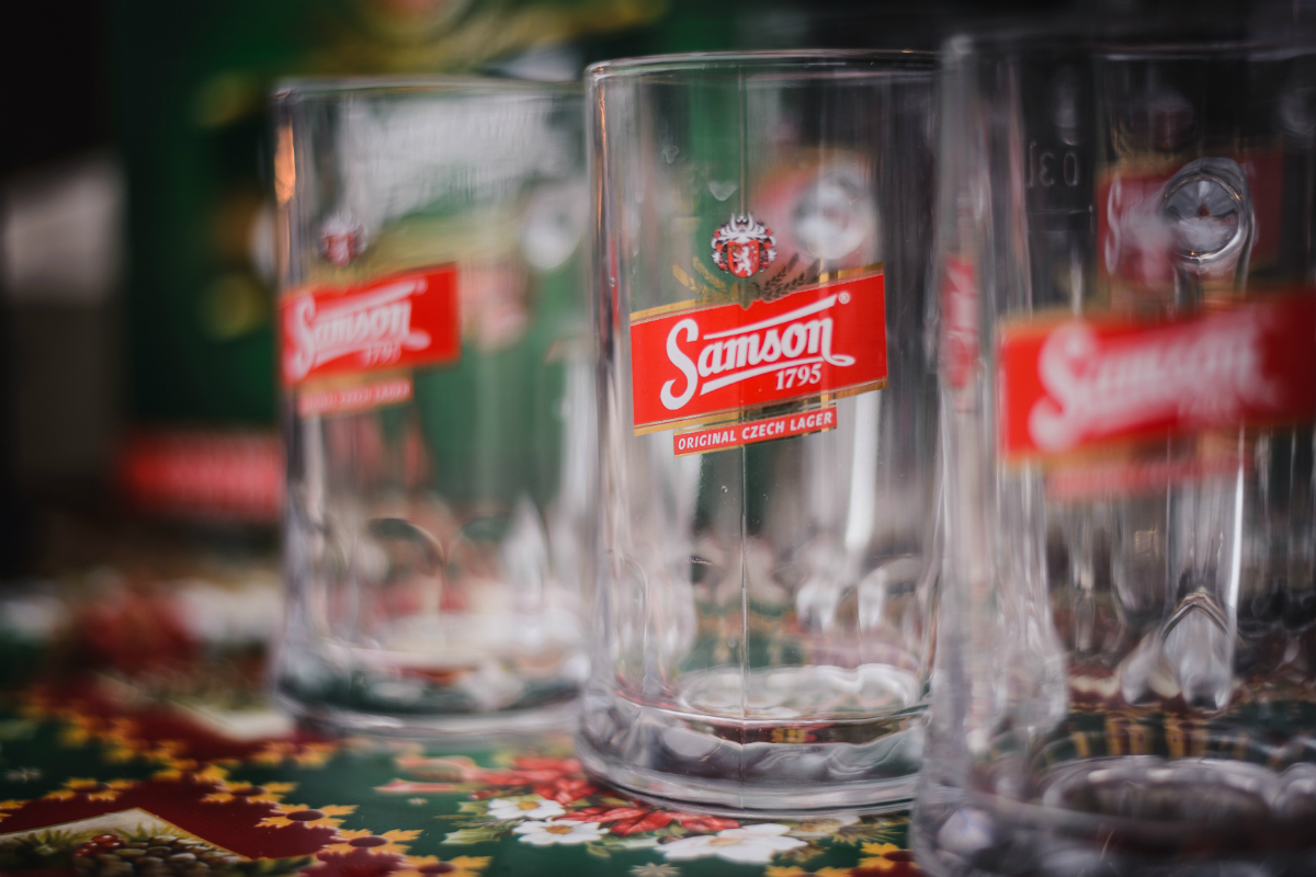 Logo Pivovaru Samson na půllitru