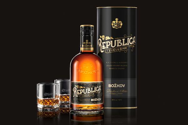 Plzeňský Stock uvádí třtinový rum Božkov Republica Exclusive, hlavně pro mladé