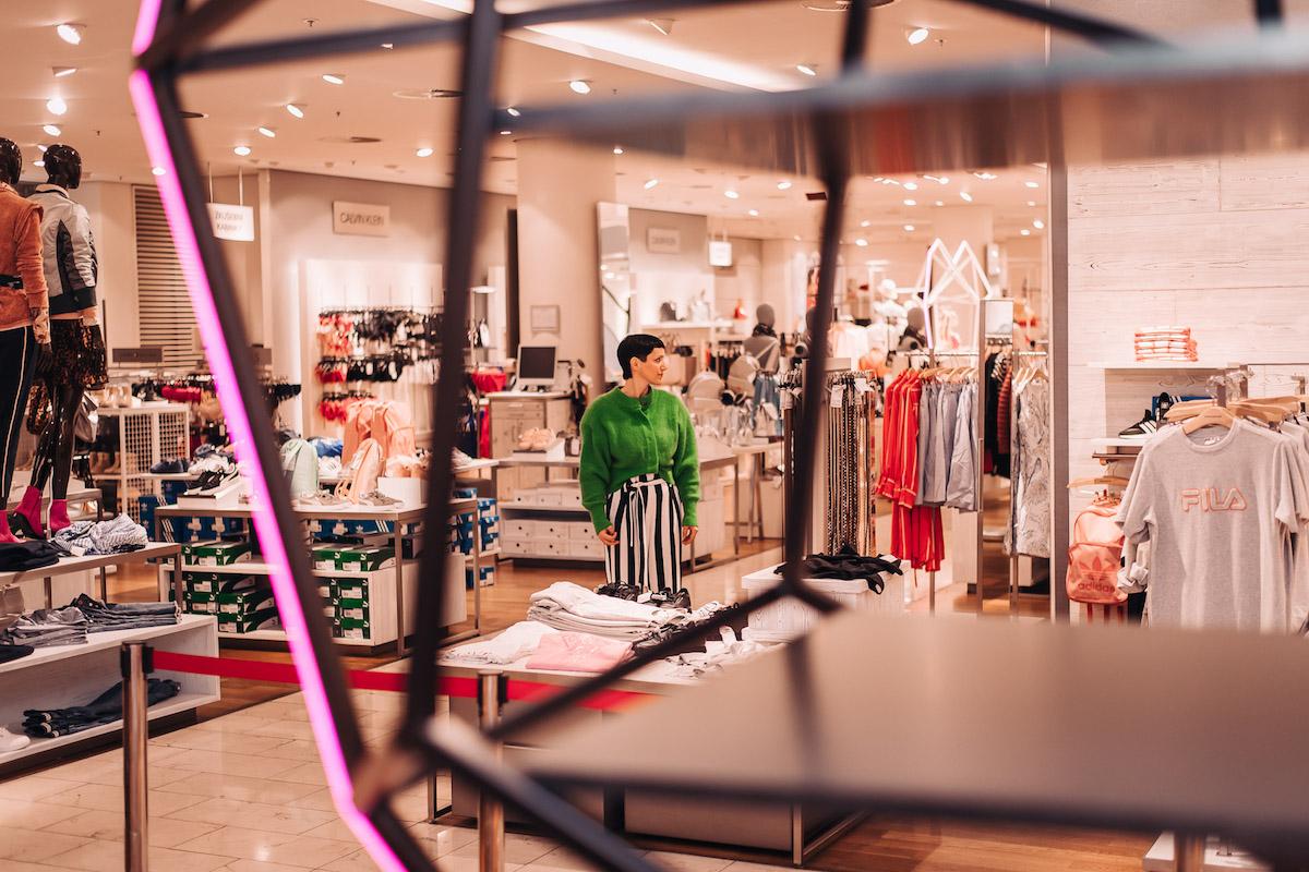 Nový koncept oddělení neformální módy v obchodním domě Van Graaf