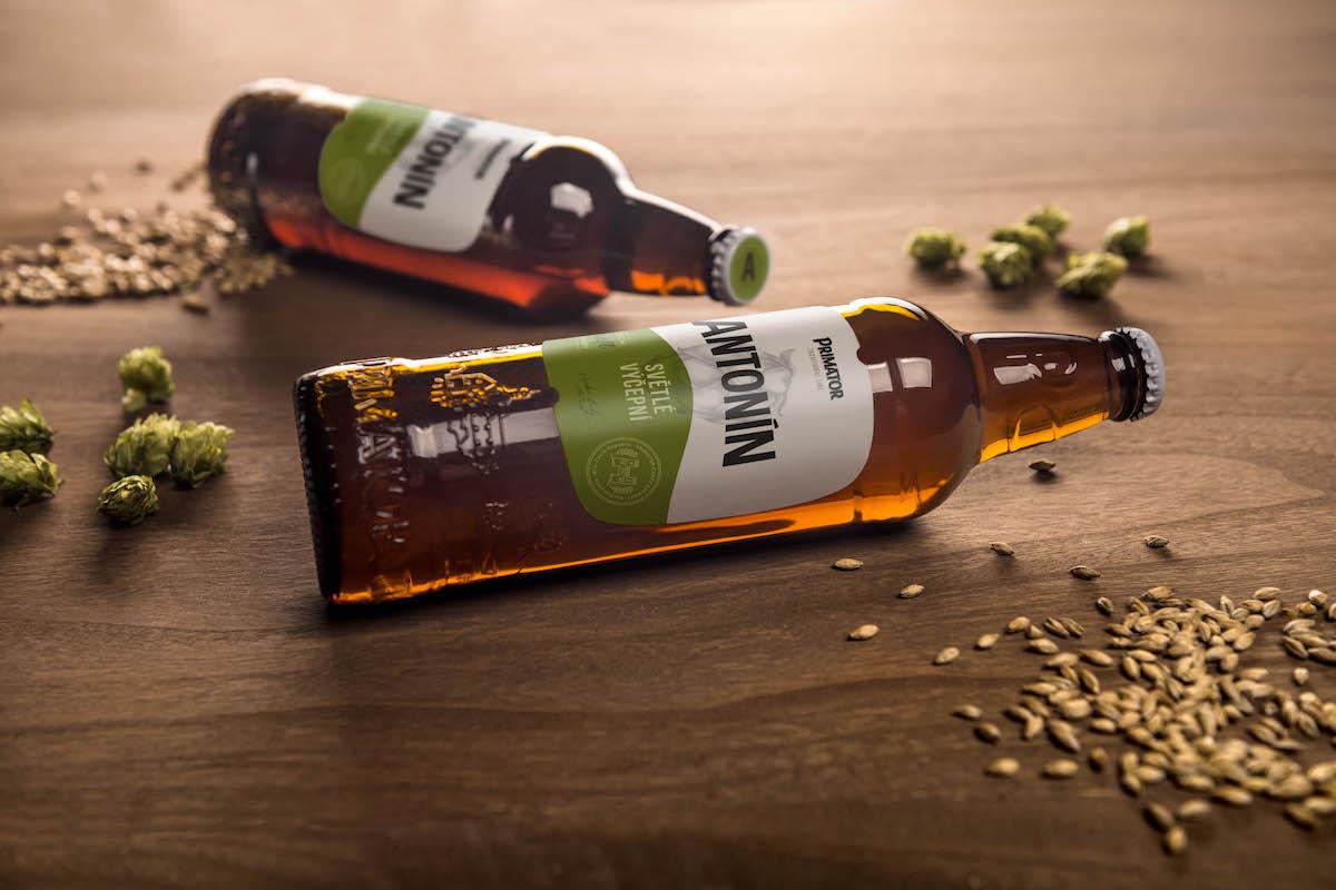 Nové etikety lahví náchodského pivovaru Primátor