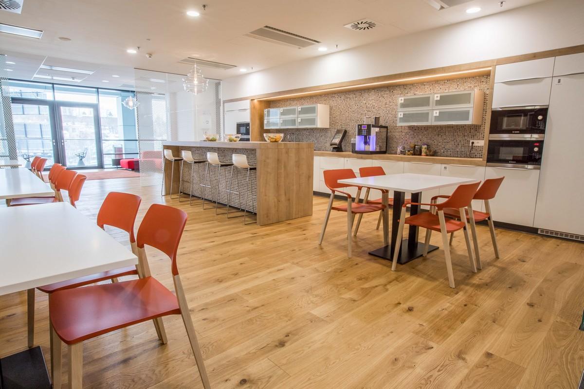 Kuchyňka v kancelářských prostorách