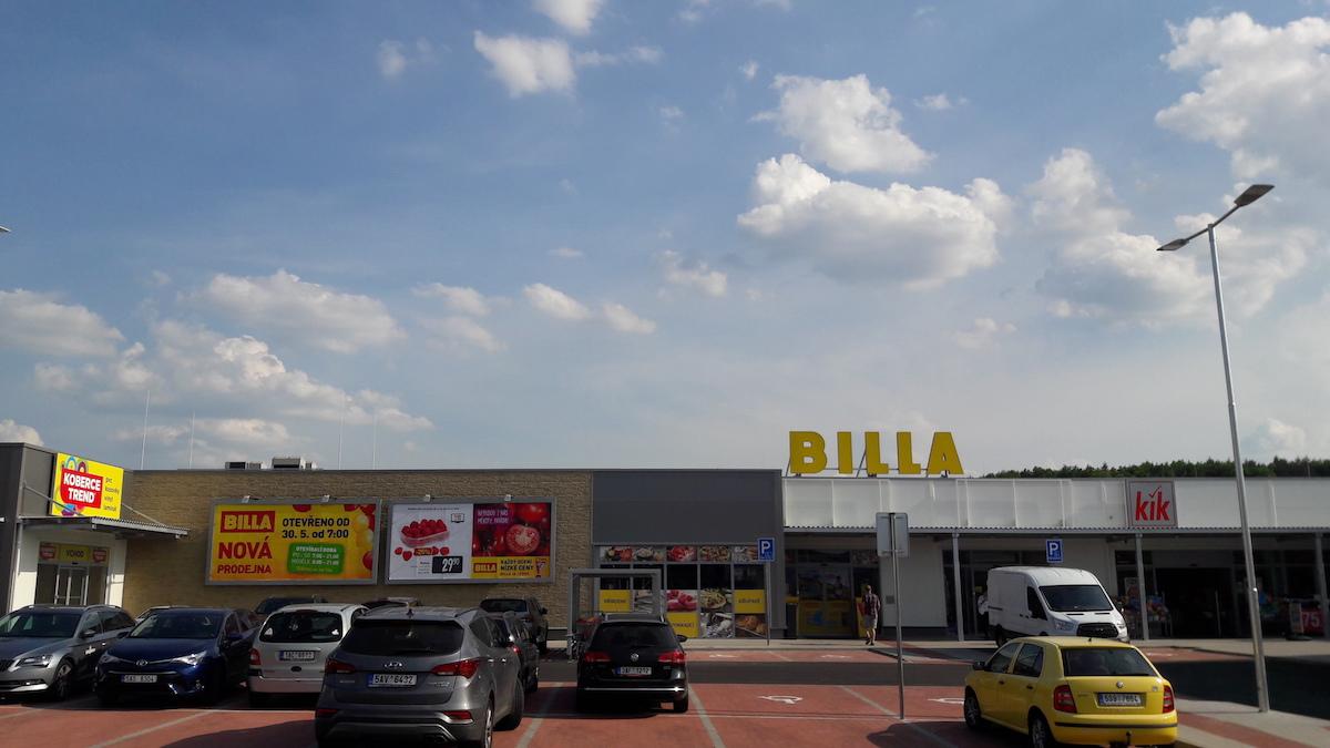 Billa v ulici Poděbradská v Praze 9