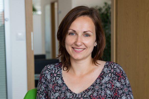 Personální ředitelkou MOL v Česku je Erika Prachařová